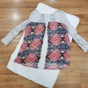 3/$20⚡Xhilaration Crochet Sleeve Blouse Large